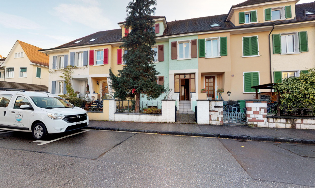 House  for sale in Basel-Country Allschwil