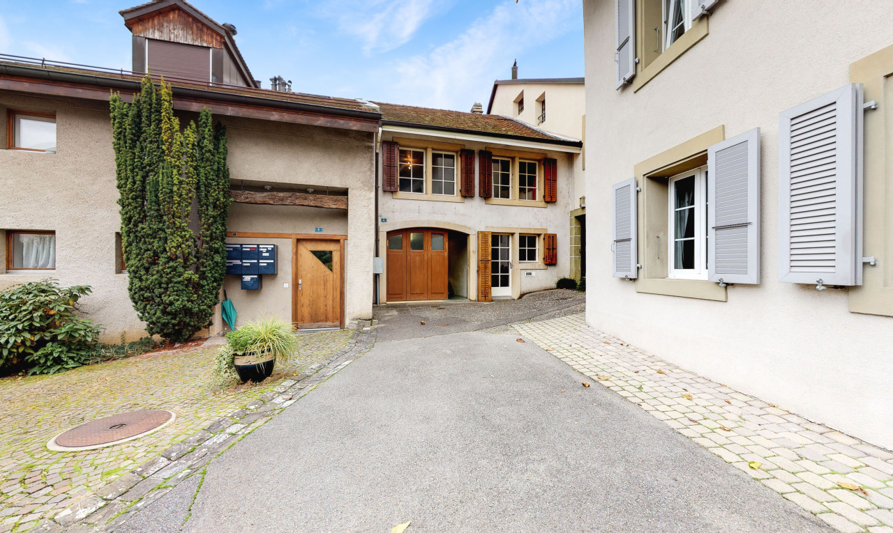 House  for sale in Vaud Lonay