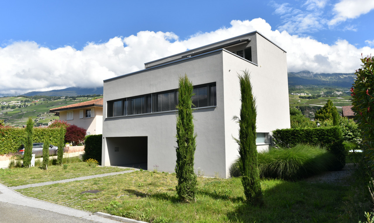 House  for sale in Valais Uvrier