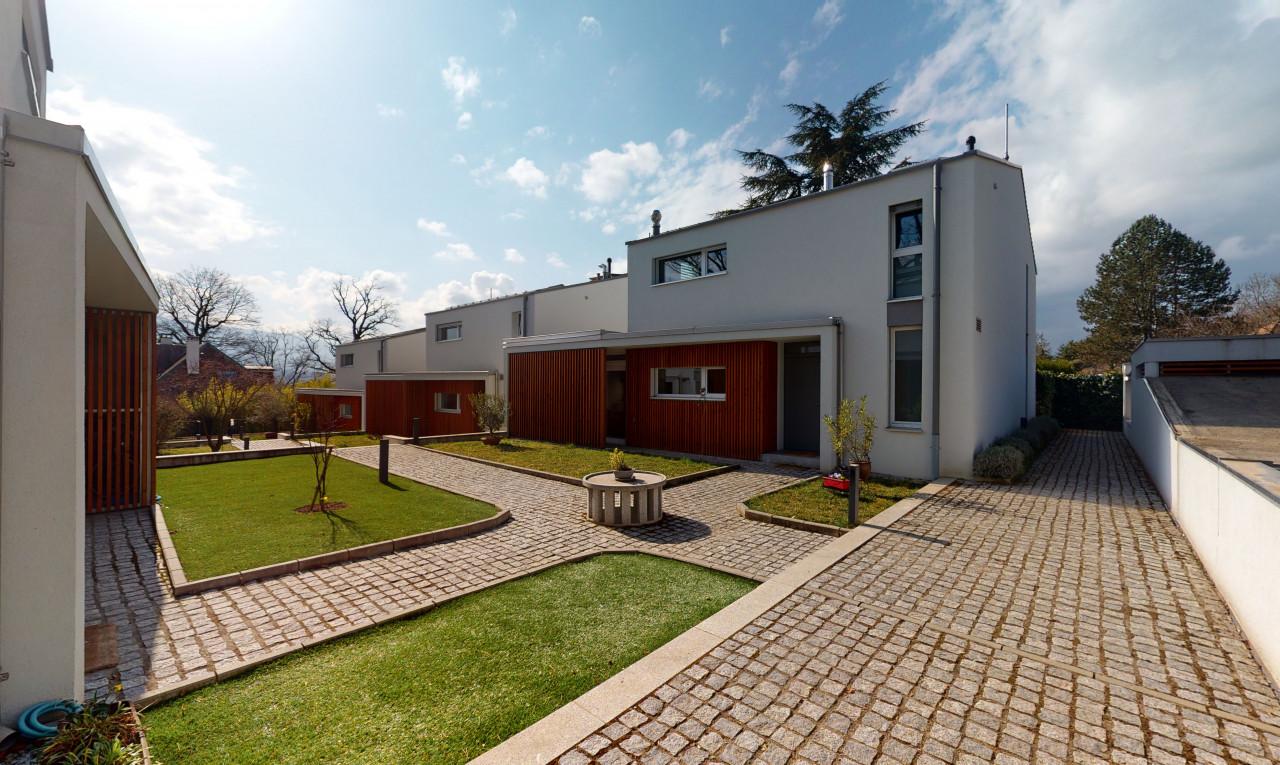 House  for sale in Geneva Confignon