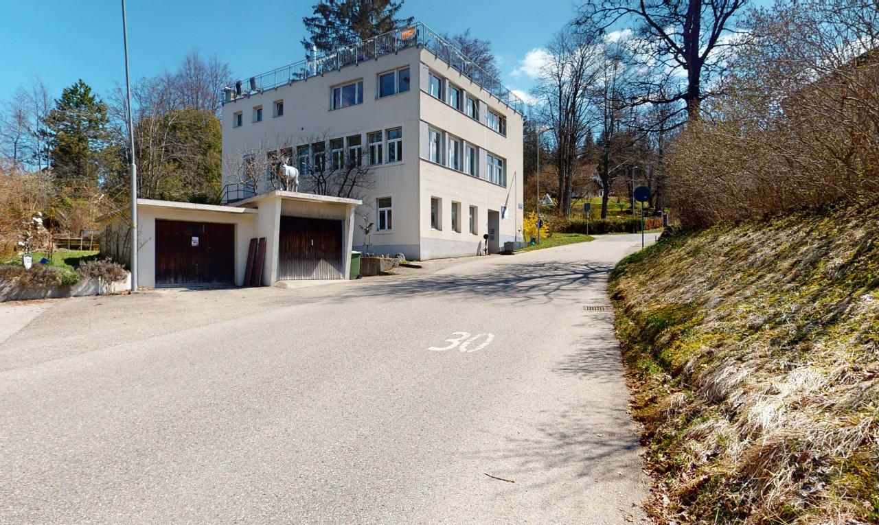 Haus zu verkaufen in Neuenburg Le Locle