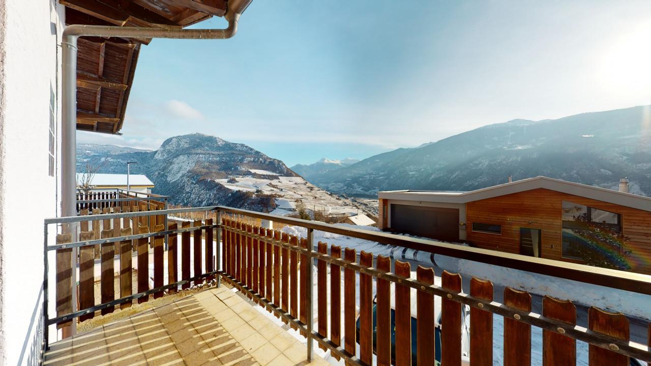 Belle maison familiale avec vue sur les montagnes