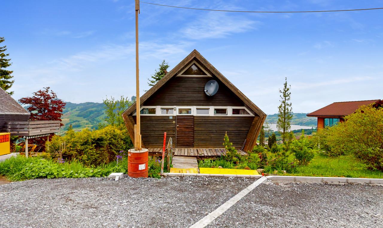 Haus zu verkaufen in Schwyz Sattel
