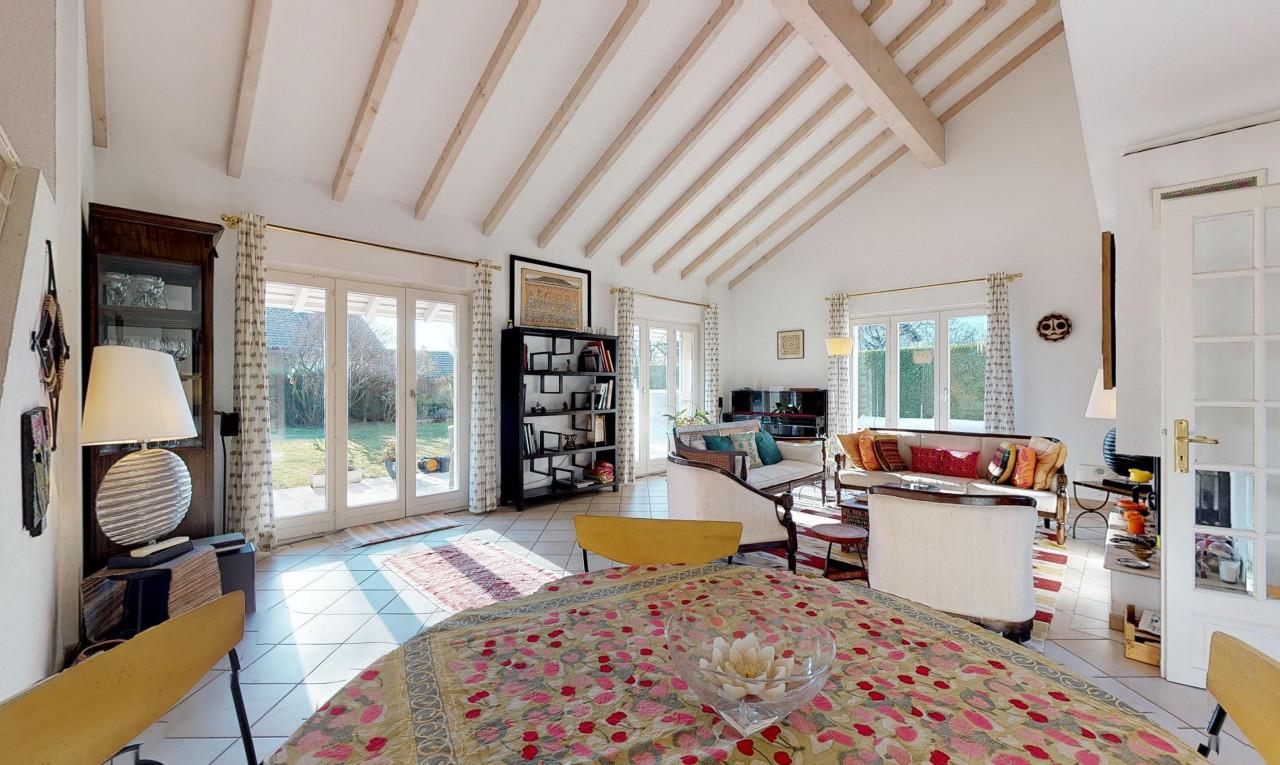 Buy it House in Geneva Genthod