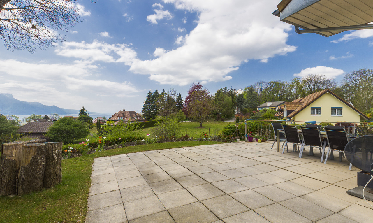 House  for sale in Vaud Blonay