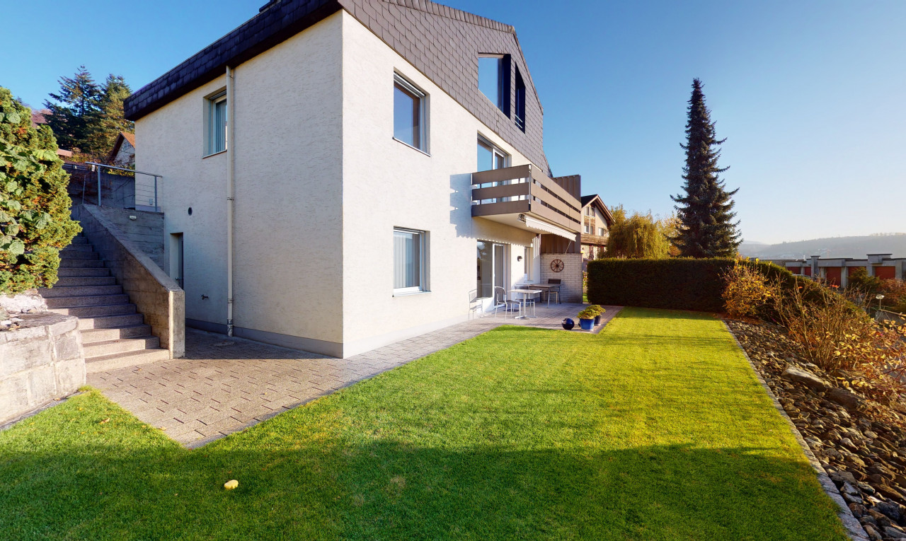 House  for sale in Basel-Country Füllinsdorf