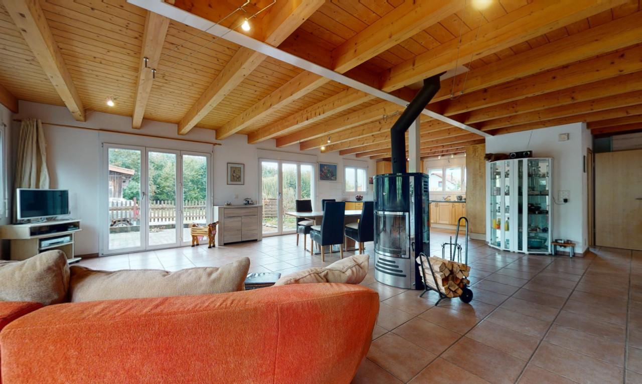 Haus zu verkaufen in Jura Lajoux JU