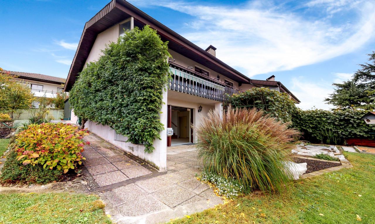 House  for sale in Vaud Villars-Ste-Croix