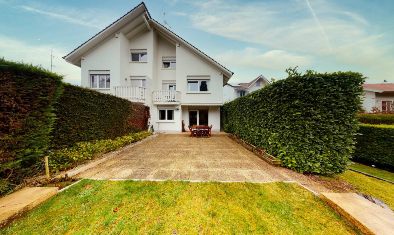 House  for sale in Geneva Grand-Lancy