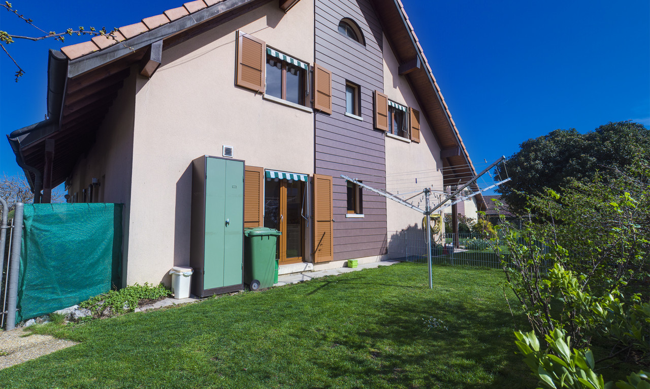 Buy it House in Vaud Etoy