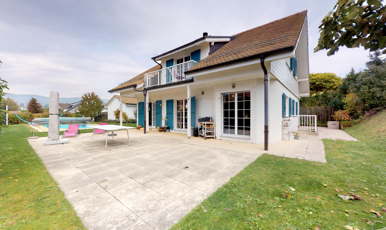 House  for sale in Vaud Prangins