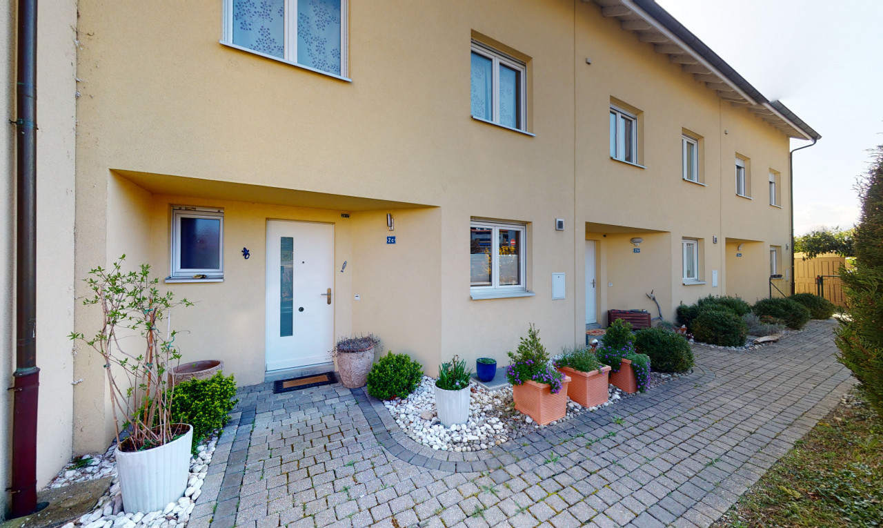 House  for sale in Vaud Orbe