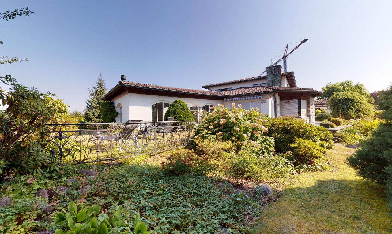 Buy it Land in Argovia Berikon