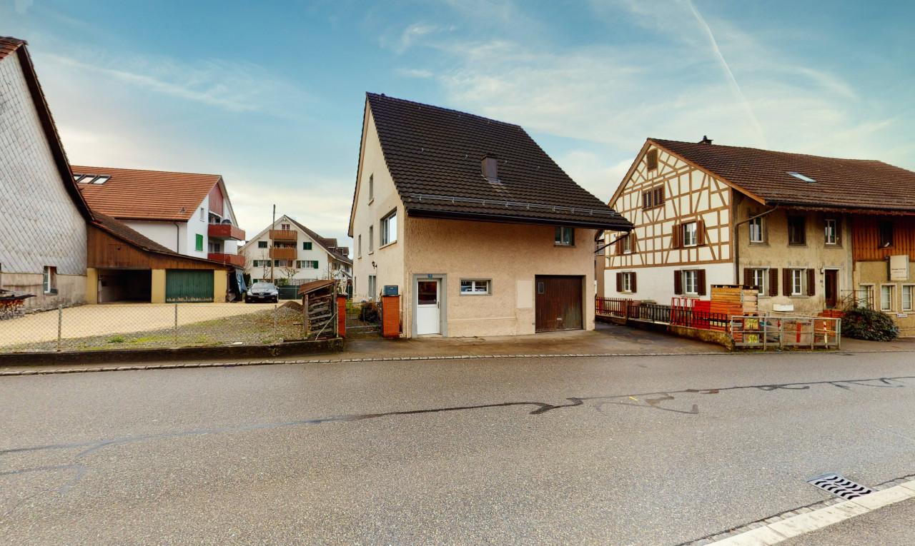 Haus zu verkaufen in Zürich Oberhasli
