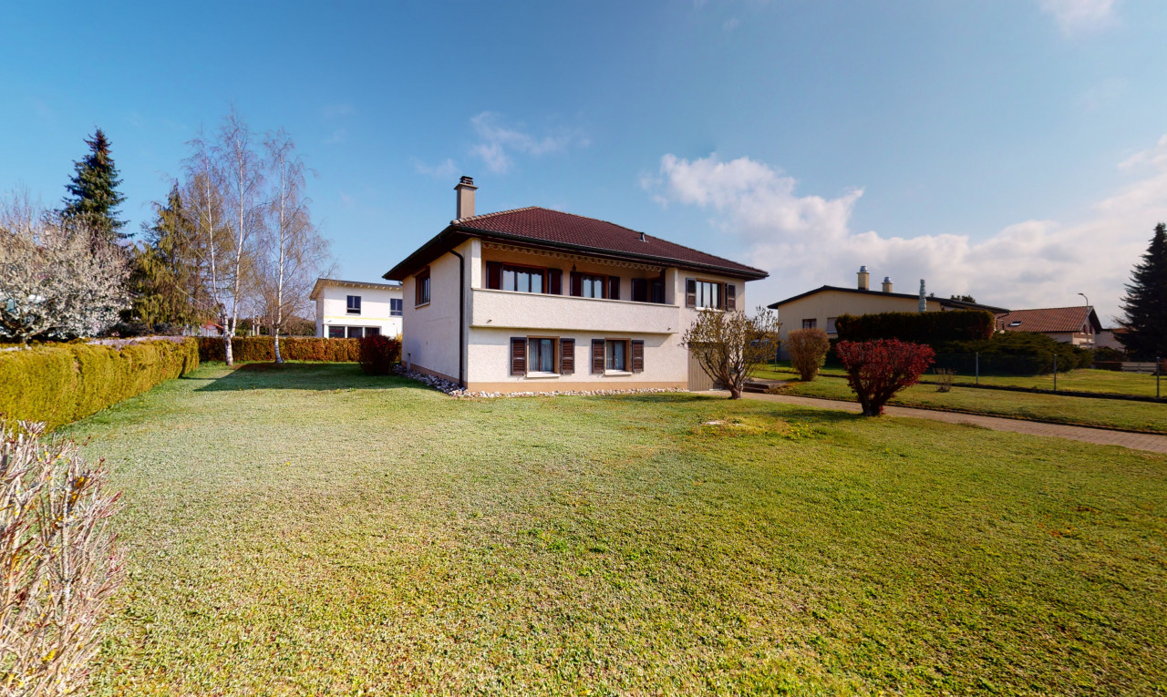 House  for sale in Jura Courgenay