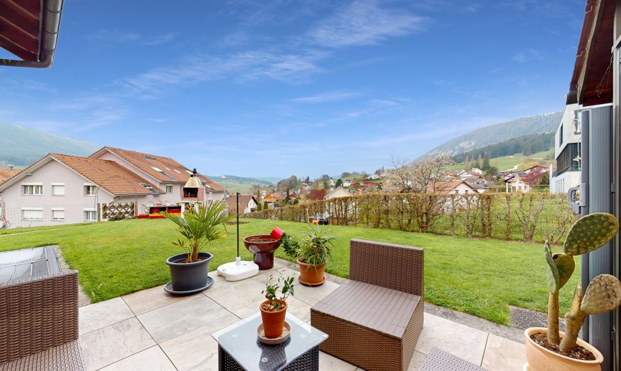 House  for sale in Bern Malleray