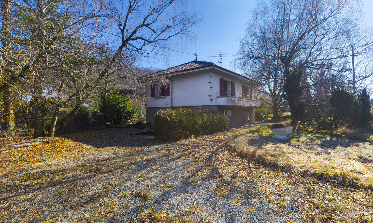 House  for sale in Vaud Romainmôtier