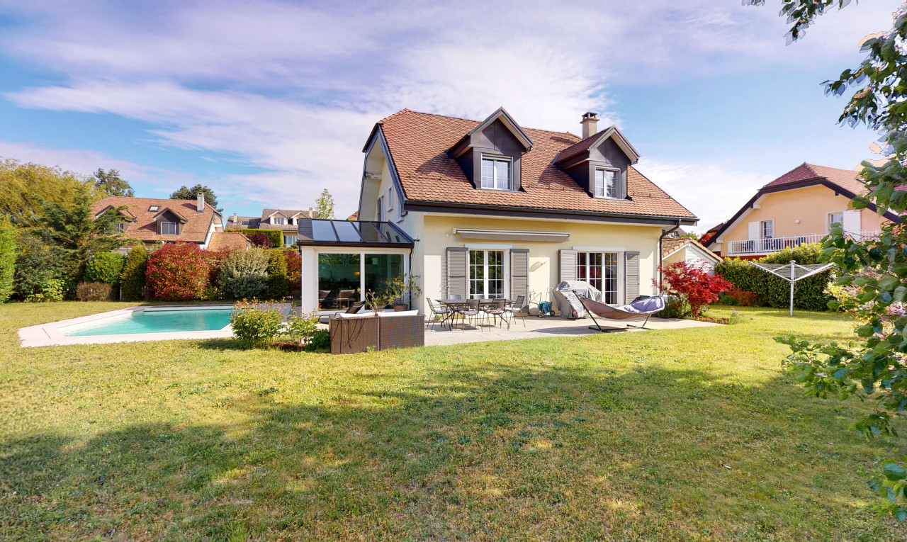 House  for sale in Vaud Lavigny