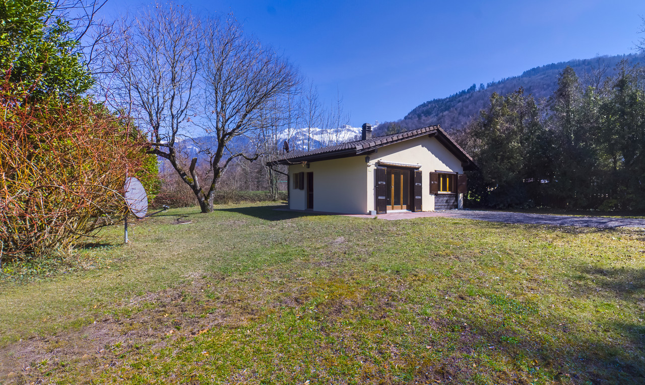 House  for sale in Valais Choëx