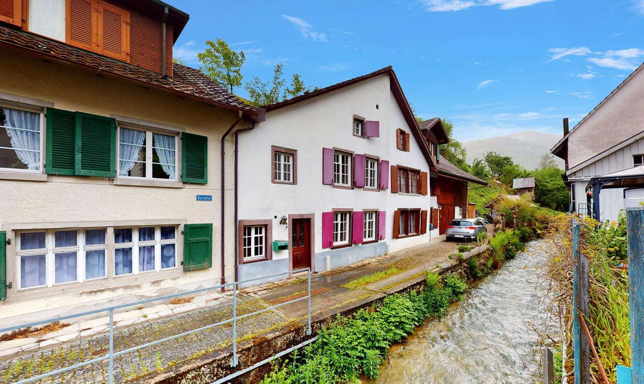 Haus zu verkaufen in Basel-Landschaft Reigoldswil