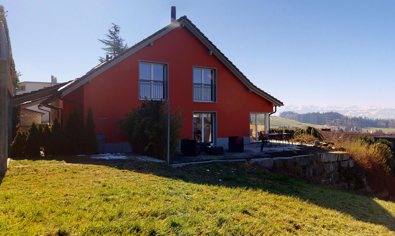 Haus zu verkaufen in Zürich Bäretswil