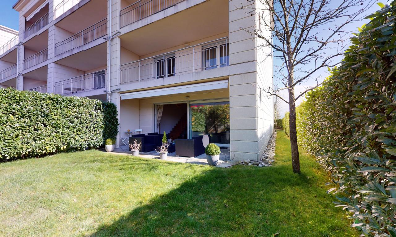 Buy it Apartment in Vaud Rolle