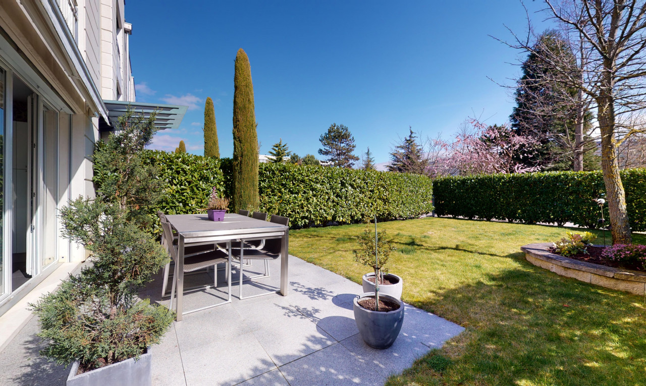 Apartment  for sale in Vaud Rolle