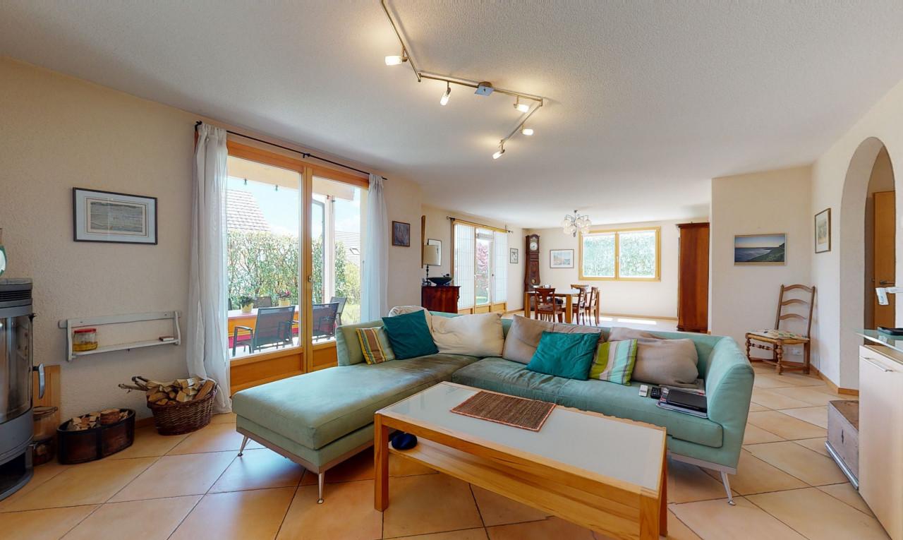Buy it House in Vaud Oron-la-Ville