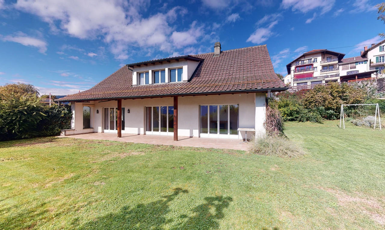 House  for sale in Vaud St-Légier-La Chiésaz