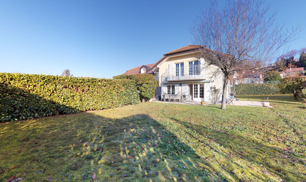 House  for sale in Vaud Crissier