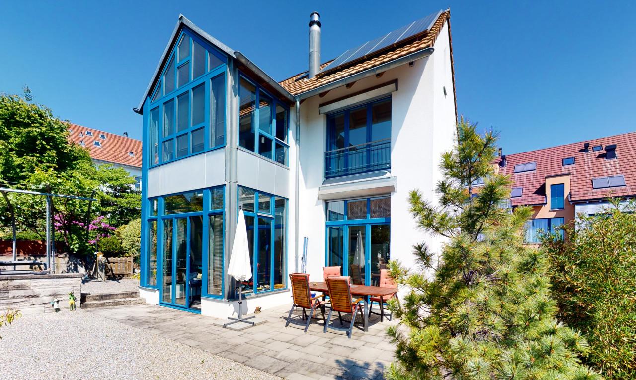 Haus zu verkaufen in Zürich Dielsdorf